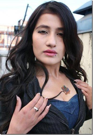 jiya kc shows tattoo on her chest