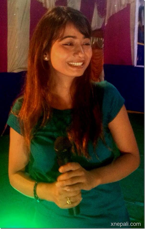 binita baral dashain program in Kunahar Mahotsav in Itarahi