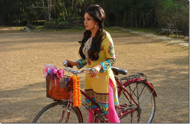 karishma manandhar retro - music video