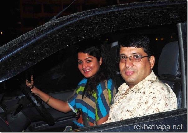 rekha-and-chhabi-in-the-car
