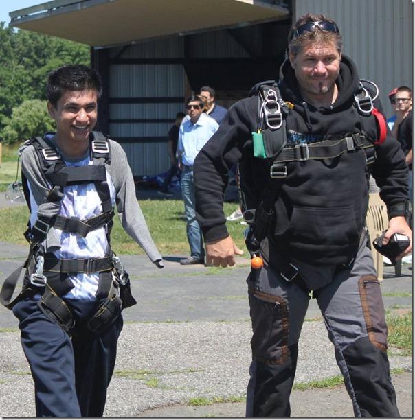 sudarshan gautam sky diving in USA (8)