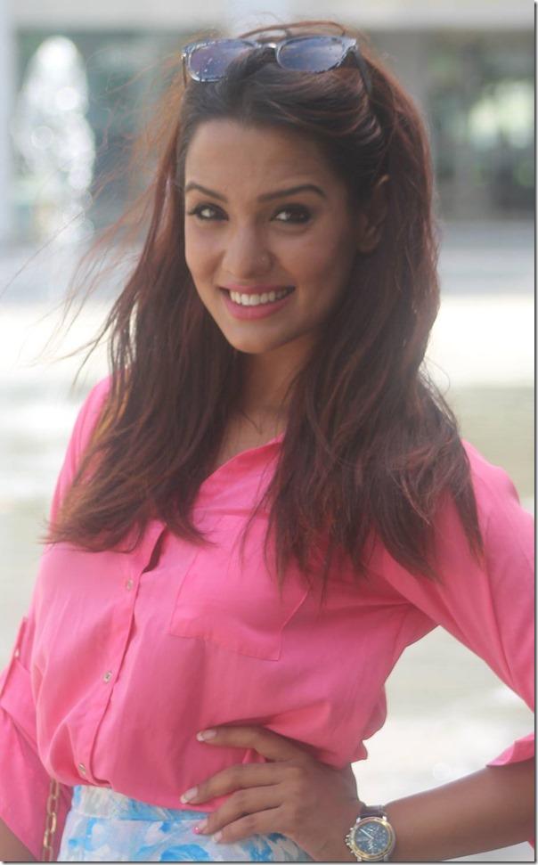 priyanka karki singer