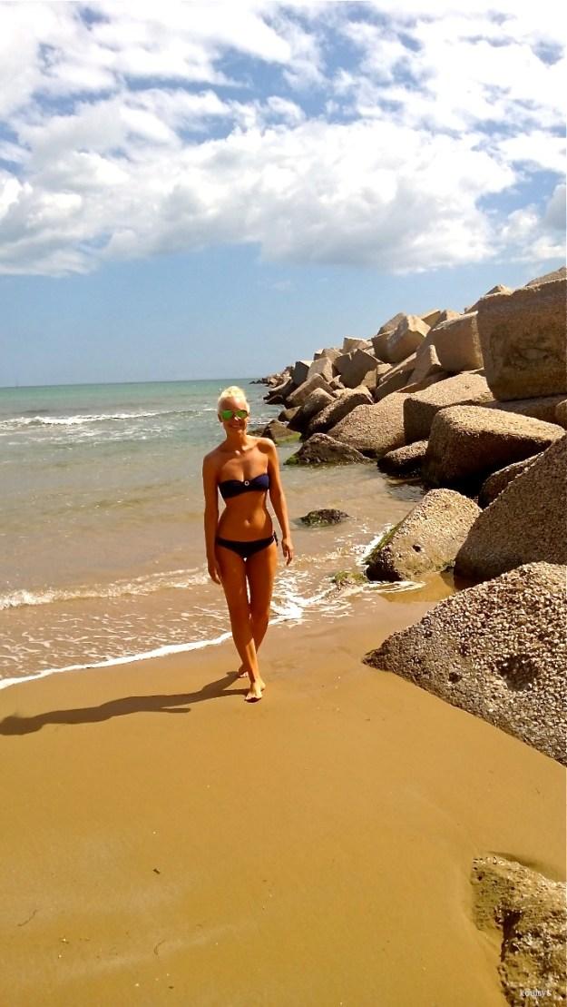 blue bikini6