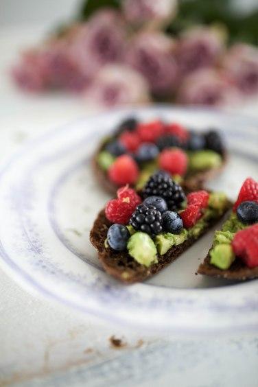avocado rye berry toast1 (1 of 1)