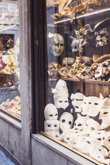 venice masks (1 of 1)