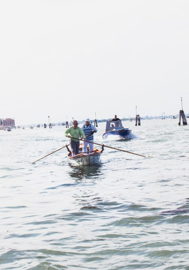 venice men rowing grand canal (1 of 1)