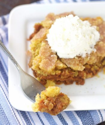 Slow cooker pumpkin dump cake. Learn how to make this awesome pumpkin dessert this fall