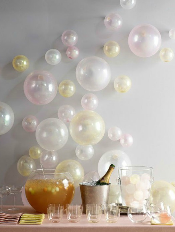 New Year's Eve Easy DIY Decorations #xokatierosario #newyearseve #diypartyideas #nyepartyideas