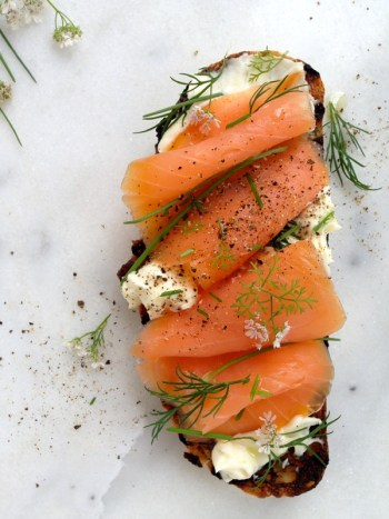 Smoked Salmon Crostini | Easy Brunch Recipes