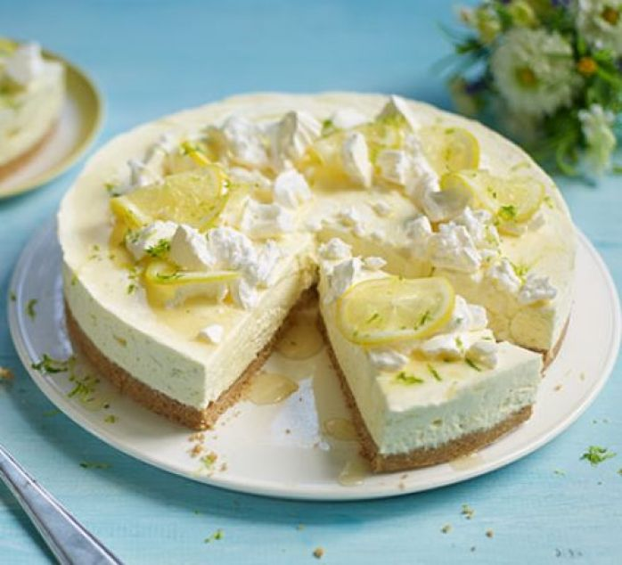 Gin Tonic Cheesecake, Cocktail Inspired Dessert Recipes