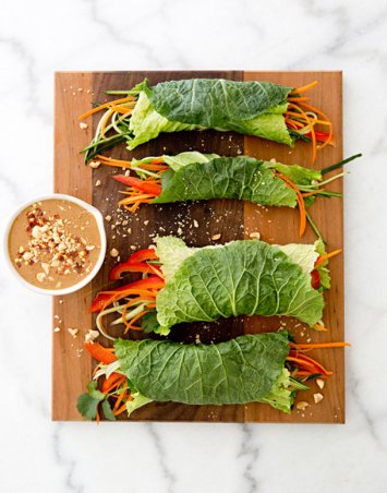 Cabbage Wraps with Spicy Peanut Sauce | Low Carb Lunch Recipes