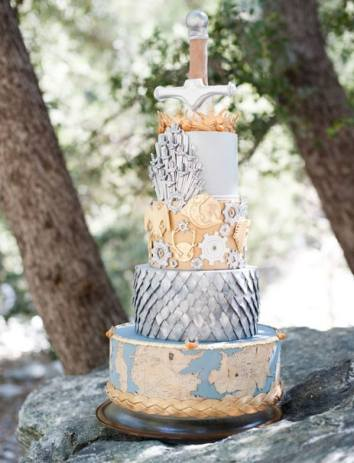 Game of Thrones Wedding Cake | 10 Book Lover Wedding Cake Ideas