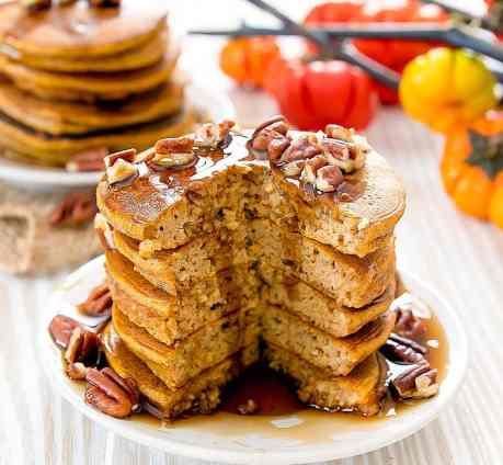 Flourless Pumpkin Pancakes | Pumpkin Spice Pancakes