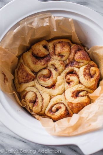 Slow Cooker Cinnamon Rolls | Slow Cooker Dessert Recipes