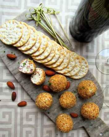 Goat Cheese Chive Bacon Balls   Keto Small Bites & Snack Recipes