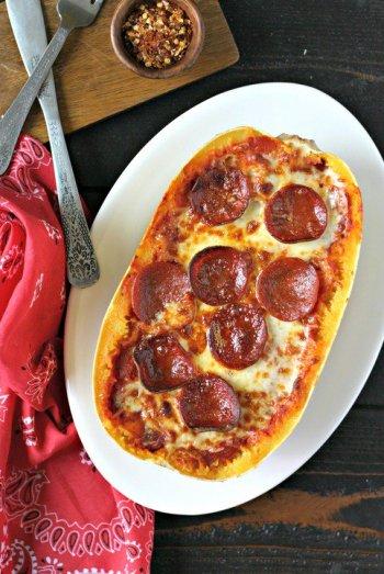 Pepperoni Pizza Spaghetti Squash Bowls | Easy Spaghetti Squash Bowls