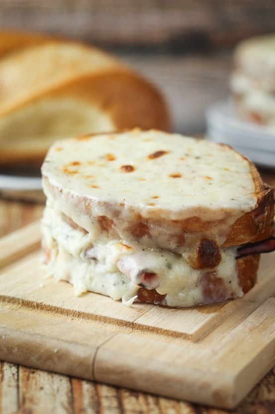 Croque Monsieur | Learn how to make these traditional French recipes for yourself without taking hours or complicated techniques. These quintessentially French dishes are simple for every home cook to feel like a top chef. Here are 12 Classic French Dishes That'll Take One Hour or Less To Make! #xokatierosario #quickfrenchrecipes #frenchdishes #easyfrenchcooking