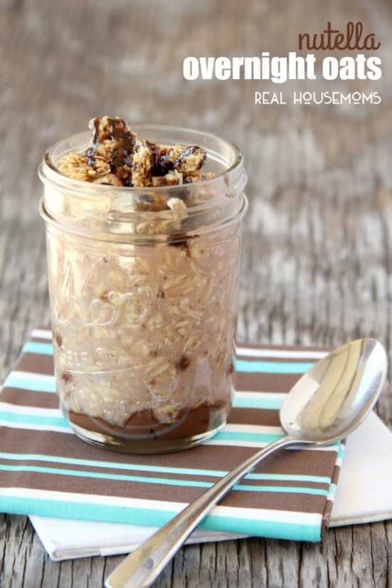 Nutella Overnight Oats | Cold, creamy, overnight oats are perfect for busy mornings. These overnight oatmeal recipes are quick and easy breakfast recipes or a delicious snack on the go. Take advantage of seasonal fresh fruit, nuts, and seed to make these easy Overnight Oat Recipes! #xokatierosario #overnightoats #overnightoatmeals #easyoatmealrecipes