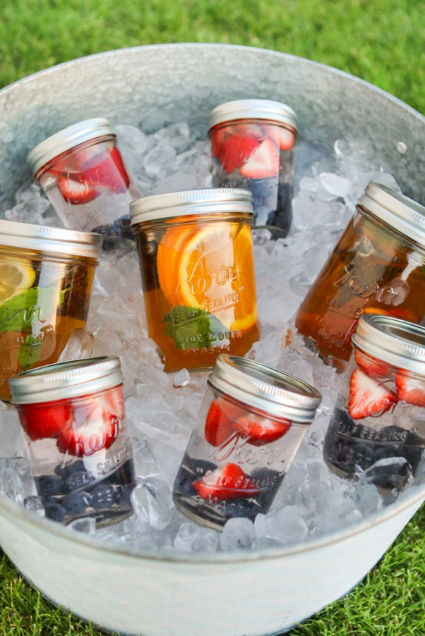 Summertime Tea | Looking for quick and refreshing picnic recipes? You must try these picnic recipes that are perfect for making ahead of time and eating outdoors. With these summer picnic recipes, all the work is done ahead of time, prepare these delicious recipes at home before storing them in a cooler to take with you. #xokatierosario #picnicrecipes #picnicfoodideas #outdoorentertaining