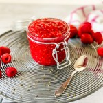 Looking for a super simple homemade raspberry jam recipe? Get the recipe by Katie Rosario of XOKatieRosario.com. Making homemade jam has never been easier. Make this Raspberry Jam in 15 minutes or less. This Raspberry Jam is made with fresh raspberries, sweet sugar, tart lemon juice. To see the full tutorial, go to XOKatieRosario.com - see you there! #xokatierosario #katierosariocakes #raspberryjam #cakefilling #cakedecoratingtips