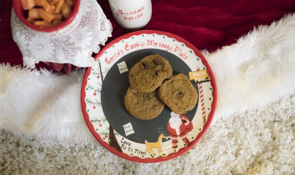 santa milk and cookies plate set
