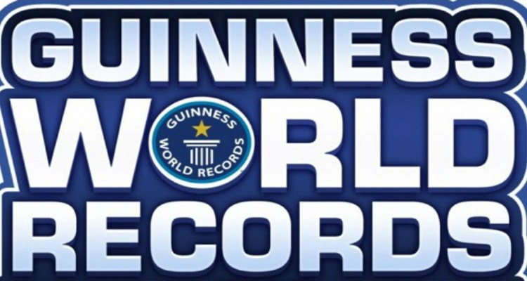 Cosplayers break Guinness Record
