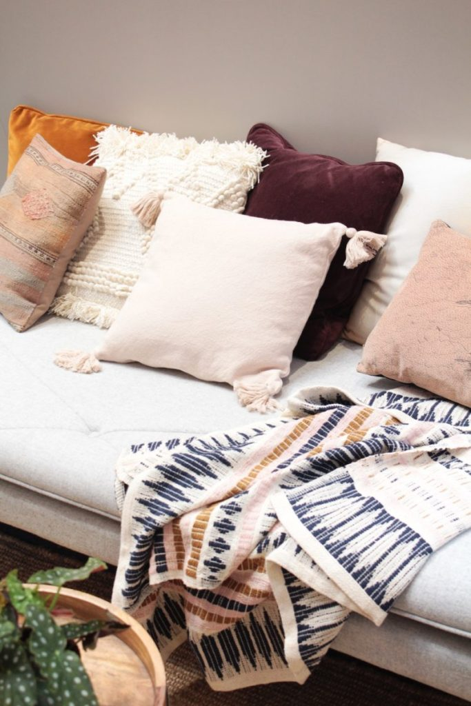 How to create a cozy apartment - designing for comfort and style life-style