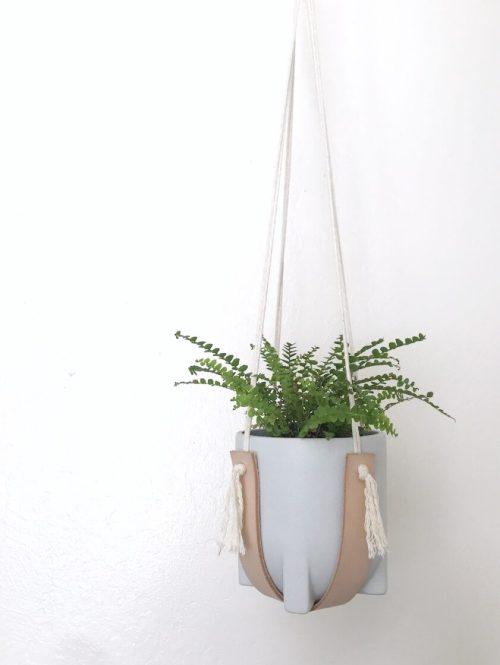plant-hanger-xoxojackie