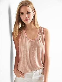 Linen lace V-neck tank - willow pink