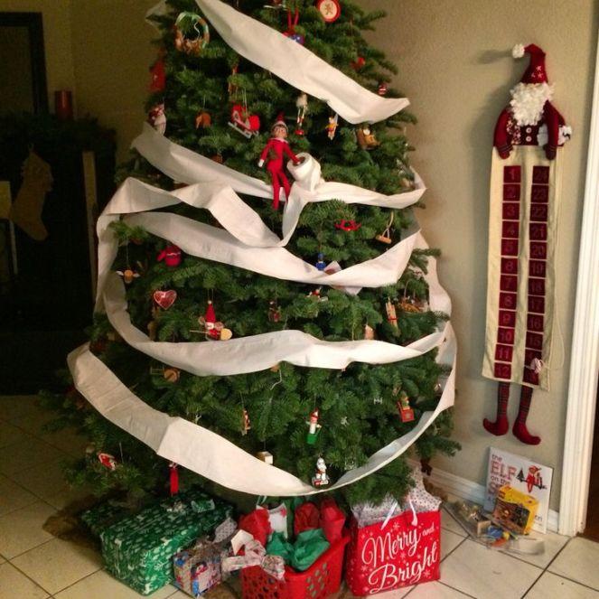 b271bc4233ae9a301d0430d9a27db7b9--elf-on-the-shelf-the-christmas