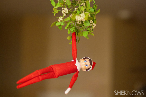 inspiration-for-elf-on-the-shelf-day-24b-crop_ywethc.jpg
