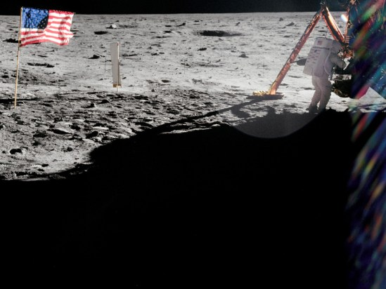 20120827XD-NASA-Armstrong_apollo_11