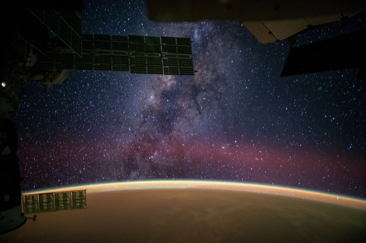 20141002XD-NASA-MilkyWay_from_ISS