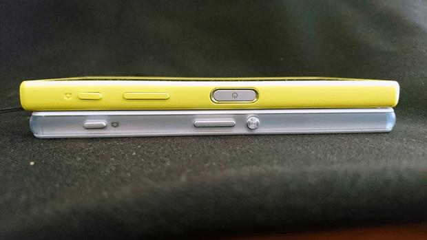 z5-compact-e5823-05