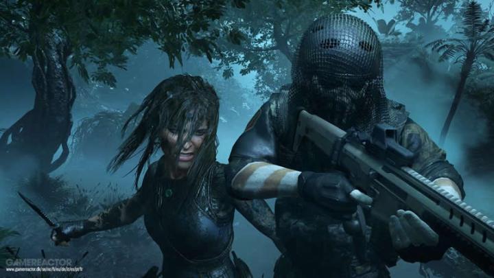Jogabilidade de combate com Lara Croft