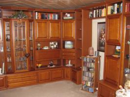 Wohnzimmer Kirschbaum TopZustand in Badersleben von privat Wohnzimmerschrank Anbauwand