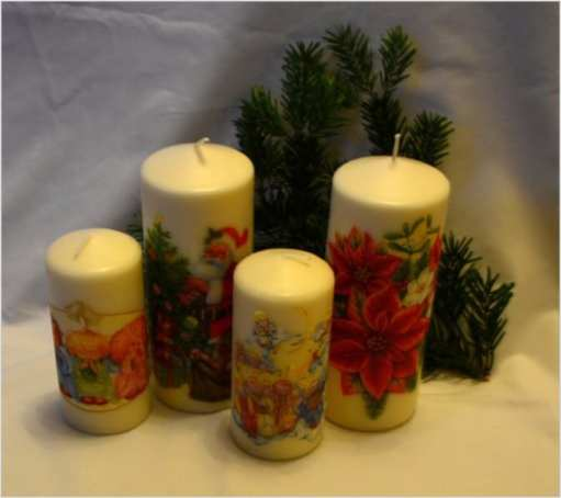 Cztery świeczki świąteczne