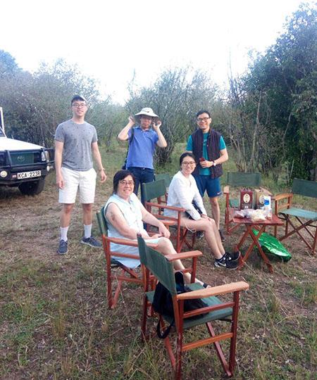 Outdoor Safaris Moments