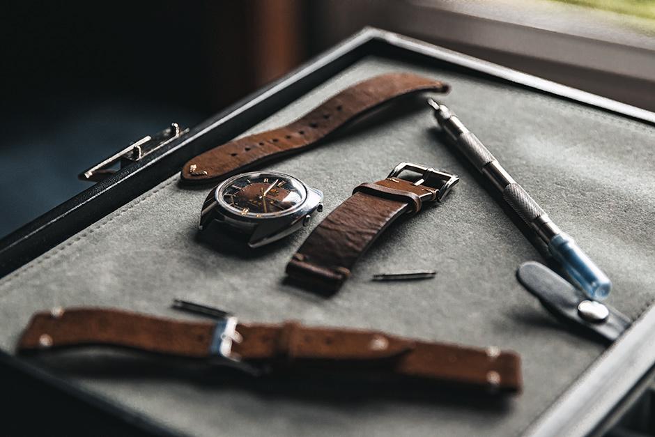 Time-&-Leather-Vivid_Web