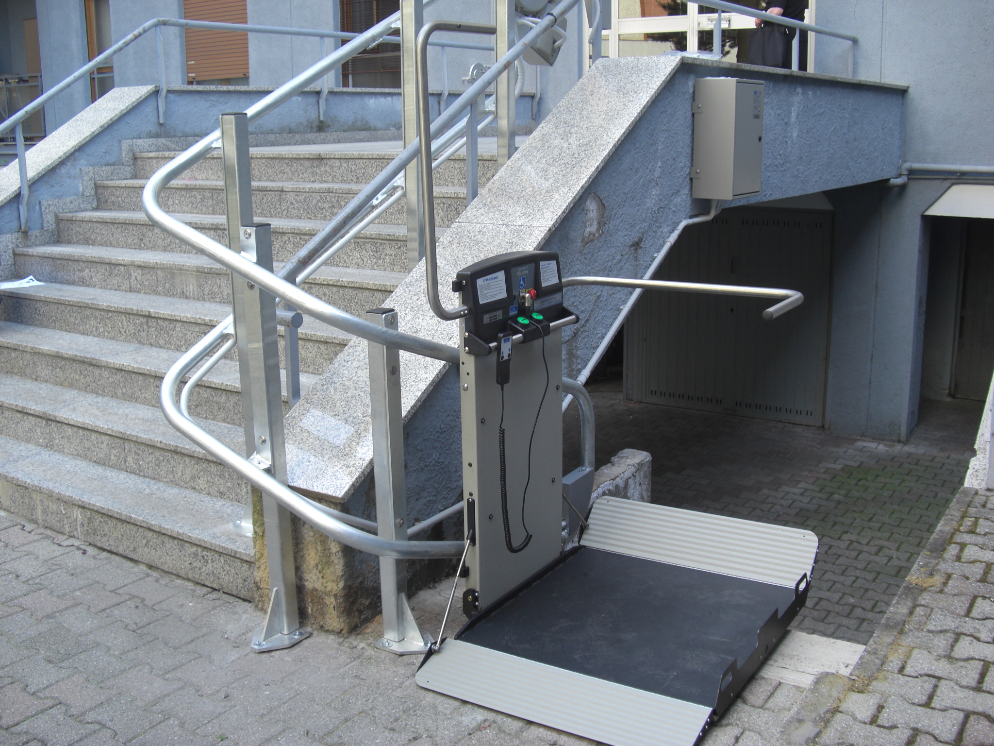 Wheel Chair Lifts Inclined Curved Platform Wheelchair Lifts Ni For Disabled