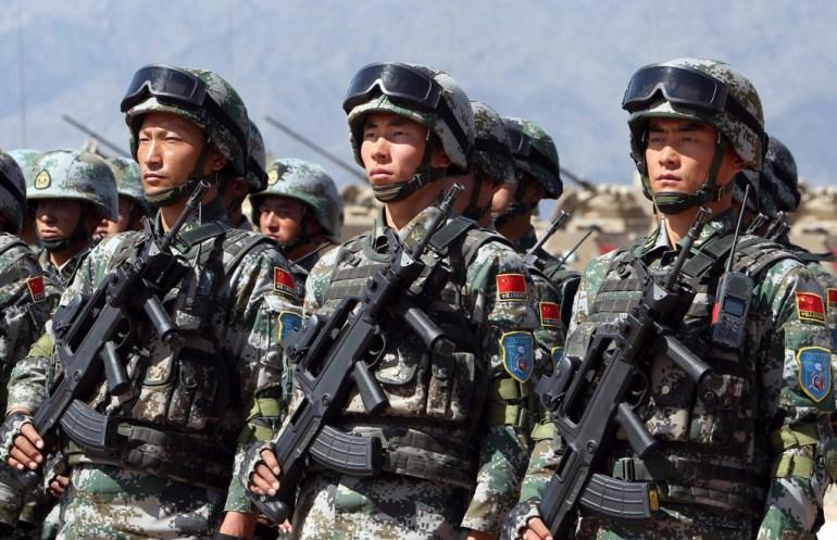 战争即将打响?中国军演敲打日本,美国航母紧急出动前往日本基地