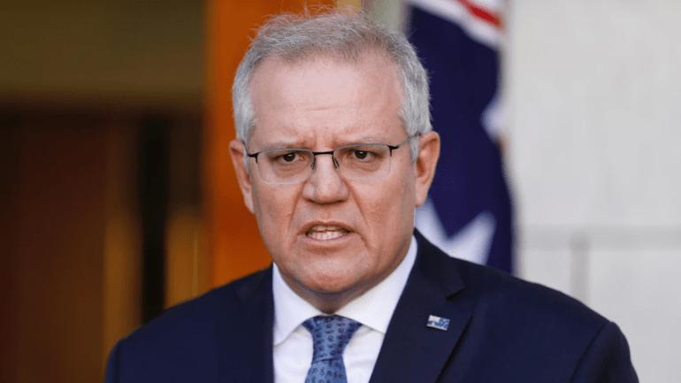 在一吨人民币、一吨美元、一吨黄金中三选一,你会选择哪个?