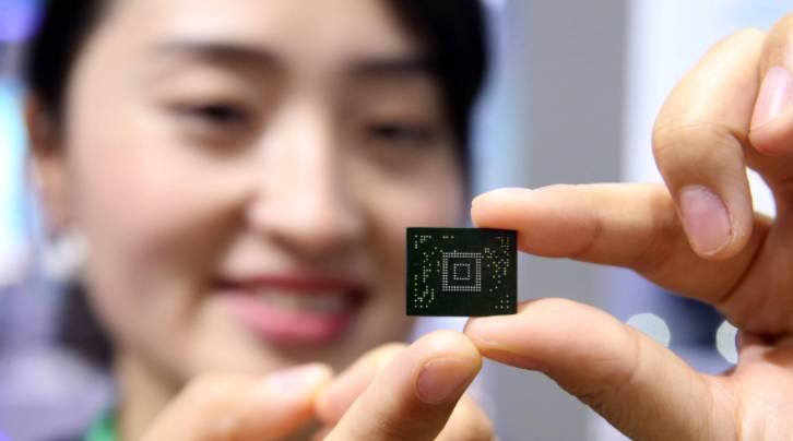 """美国陷入""""债务违约""""危机,中国勿要为救美""""垫背"""""""