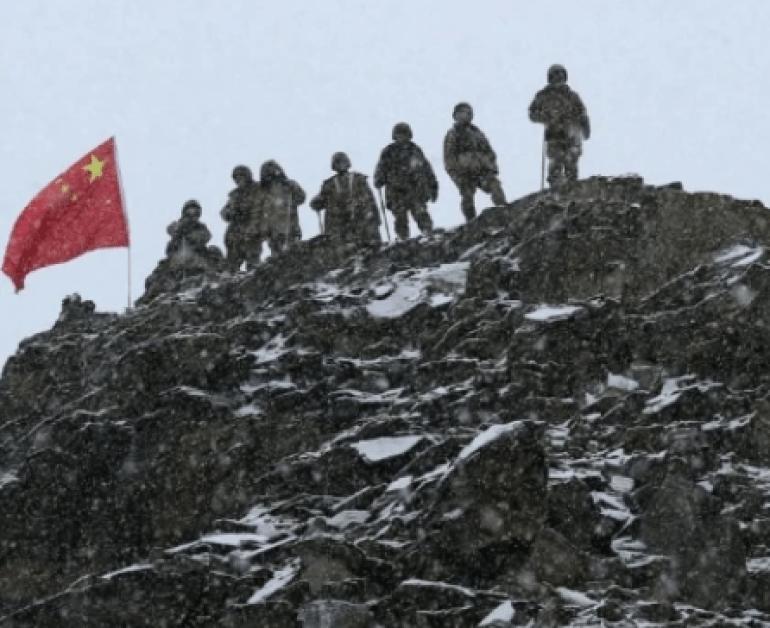 纠集30个国家做文章!美国发动全球网络安全会议,目标直指中俄
