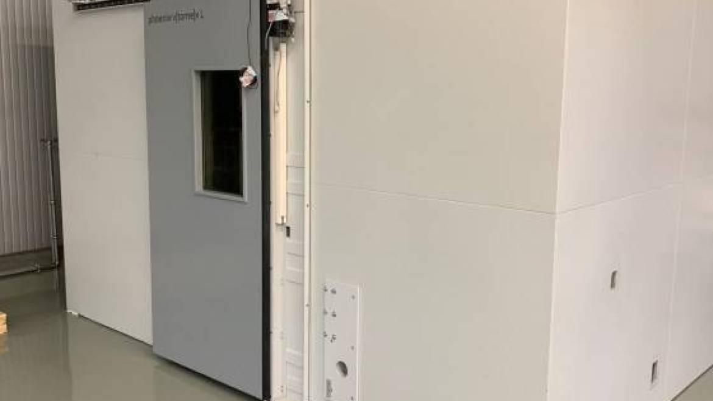 Fertig aufgebaute und klimatisierte Prüfkammer