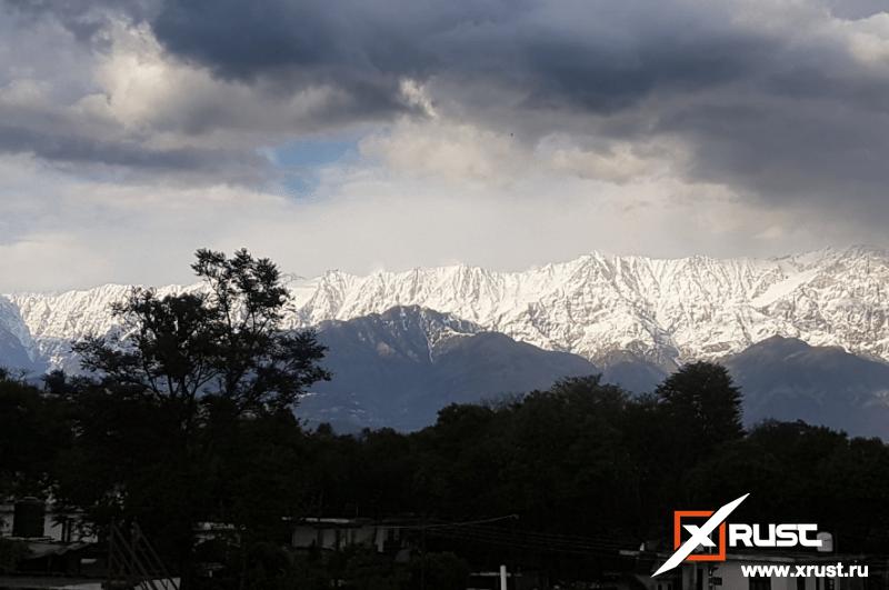 Коронавирус: жители Индии впервые увидели Гималаи