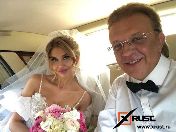 Рома Жуков взял в жены модель