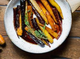 Καραμελωμένα καρότα με μέλι και βαλσάμικο