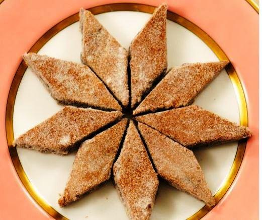 Κέικ Μελιού σε ζάχαρη βανίλιας