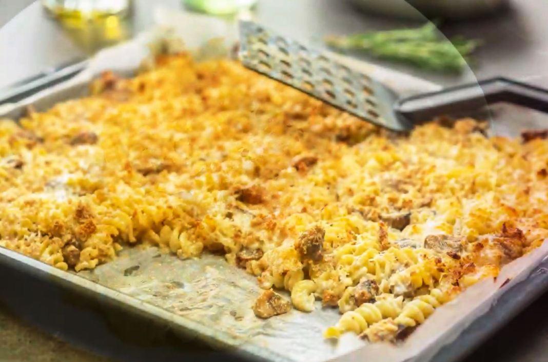 Ζυμαρικά σο Φουρνο με μανιτάρια και μπεσαμελ